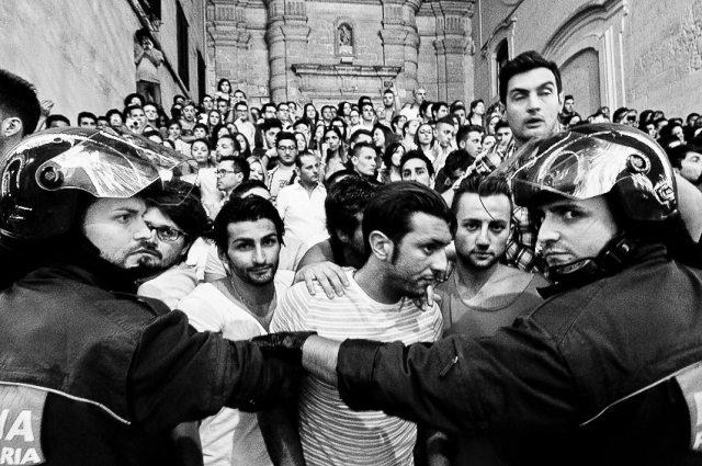 MA Bruna Police + Boys
